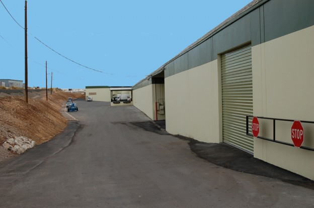 PRIME WAREHOUSE LOCATION – 800 Stillwell Road